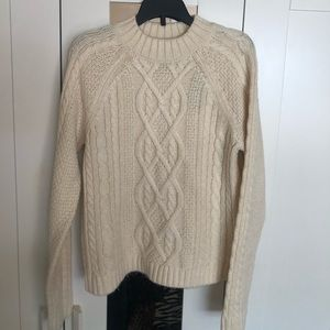 Abercrombie & Fitch new xs knitted ivory sweater
